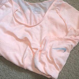 Like new peach Nike breathable top